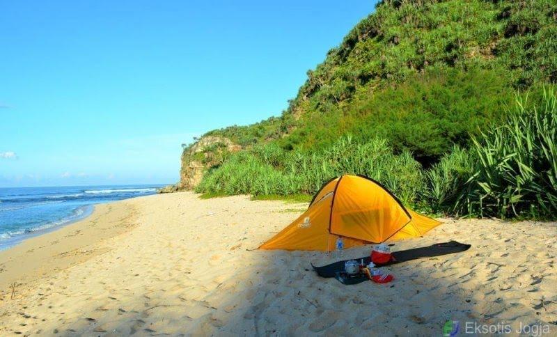 camping-di-pantai-sanglen